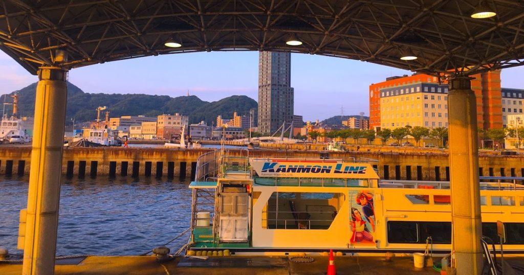 琵琶朗読劇「波の下の都」前売券は、関門汽船窓口、プレイガイドやコンビニ、協力店でも取扱中